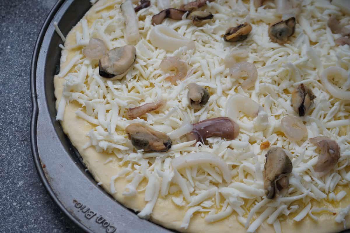 Рецепт пиццы из морского коктейля