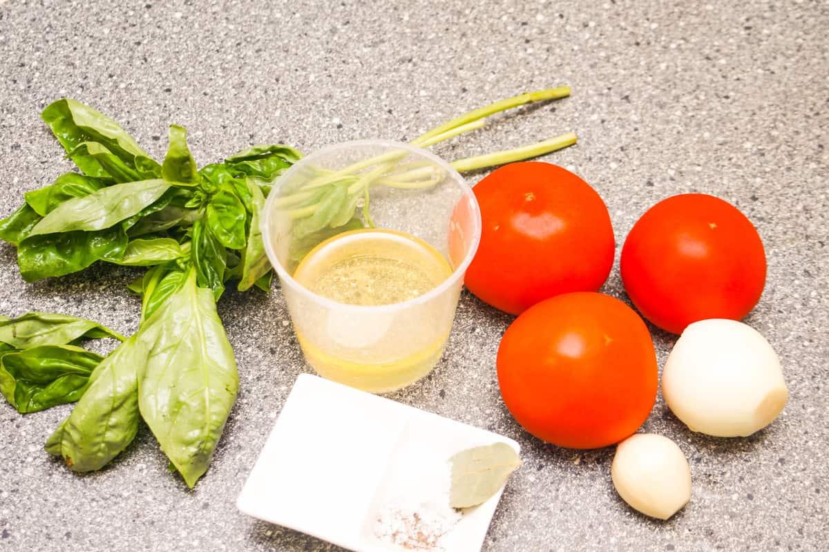 фото ингредиентов к томатному соусу